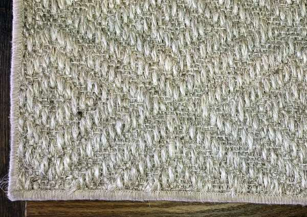 Large serged sisal rug 13ft x 16ft 5ins
