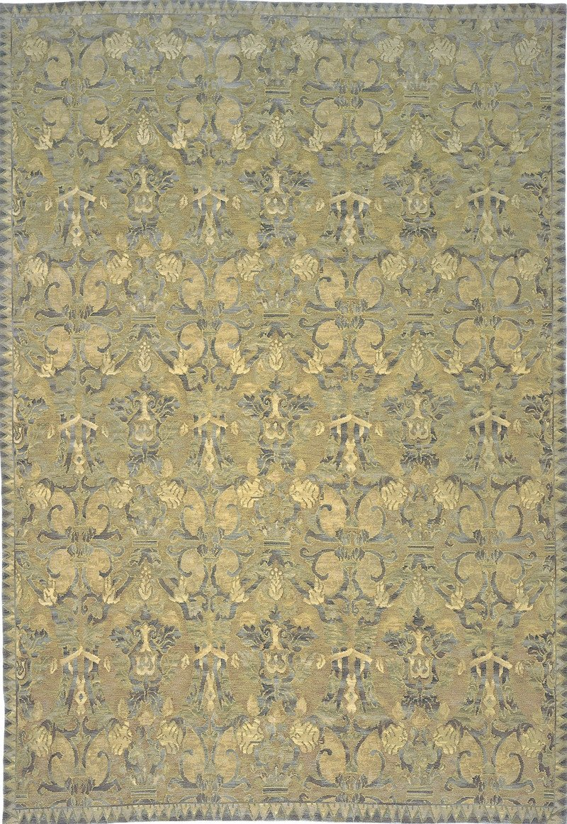 MORENO.  8'1X10 hand knotted rug
