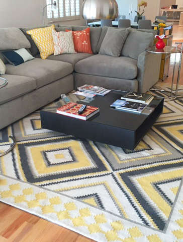 Tan 223 yellow/charcoal flatweave rug