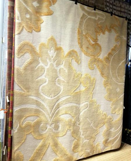 IMPLIED DAMASK GOLDEN APRICOT 8X10. Wool & Silk hand-knotted in Nepal  Rug
