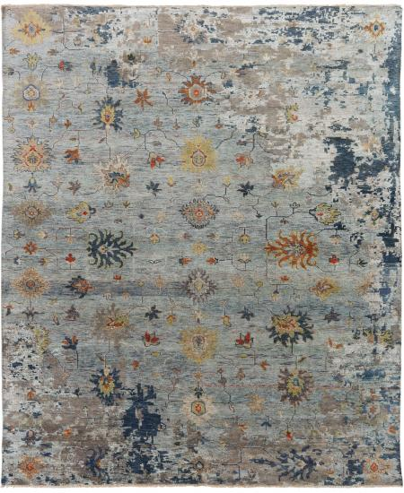 Hand-knotted area rug - transitional design with Oushak elements.